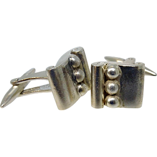 Hector Aguilar 940 silver book and 3 bead cufflinks