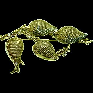 Flower pin 18K yellow gold and diamonds