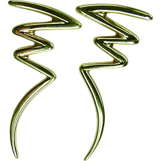 Tiffany & Co. , Paloma Picasso Zig Zag earrings in 18K yellow gold