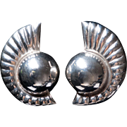 Huge 1980s Los Ballesteros Taxco Mexico Sterling Silver Clip Earrings