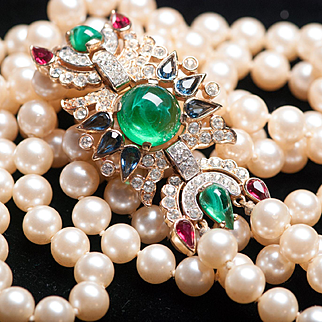 Rare Vintage TRIFARI JEWELS of INDIA Long Double Strand Pearl Rhinestone Necklace Red Green
