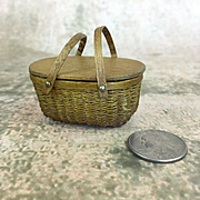 Vintage miniature dollhouse picnic basket, extraordinarily well made