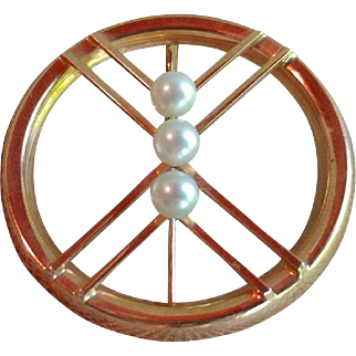 Kupittaan Kulta 14k Yellow Gold With Three Cultured Pearls Brooch/Pin