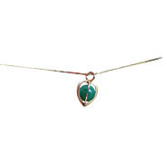 Kupittaan Kulta 14k Yellow Gold With Aventurine Heart Shaped Cage Pendant Necklace