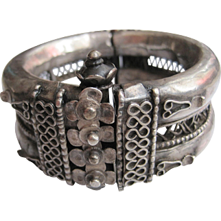 Vintage Silver Indian Hinged Bracelet or Bangle