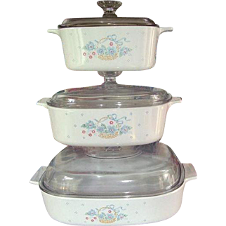 Corning Ware Pyrex 3 piece set of  Country Cornflower Casserole with 3 matching clear glass  Pyrex Glass Lids