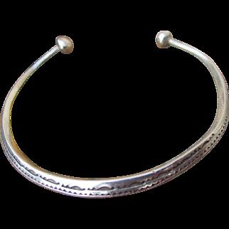 Tuareg / Berber / Moroccan cuff bracelet / bangle, handmade artisan unisex, unmarked silver, mid century or before