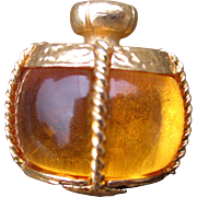 Yves Saint-Laurent YSL pendant / brooch - 'Champagne', gold tone with yellow lucite cabochon