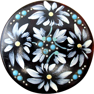 Round Art Nouveau / French Edwardian brooch in hand-painted celluloid with turquoise glass cabochons