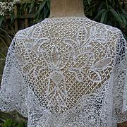 Beautiful antique 19thC handmade English Bedforshire lace Beds lace shawl - wedding