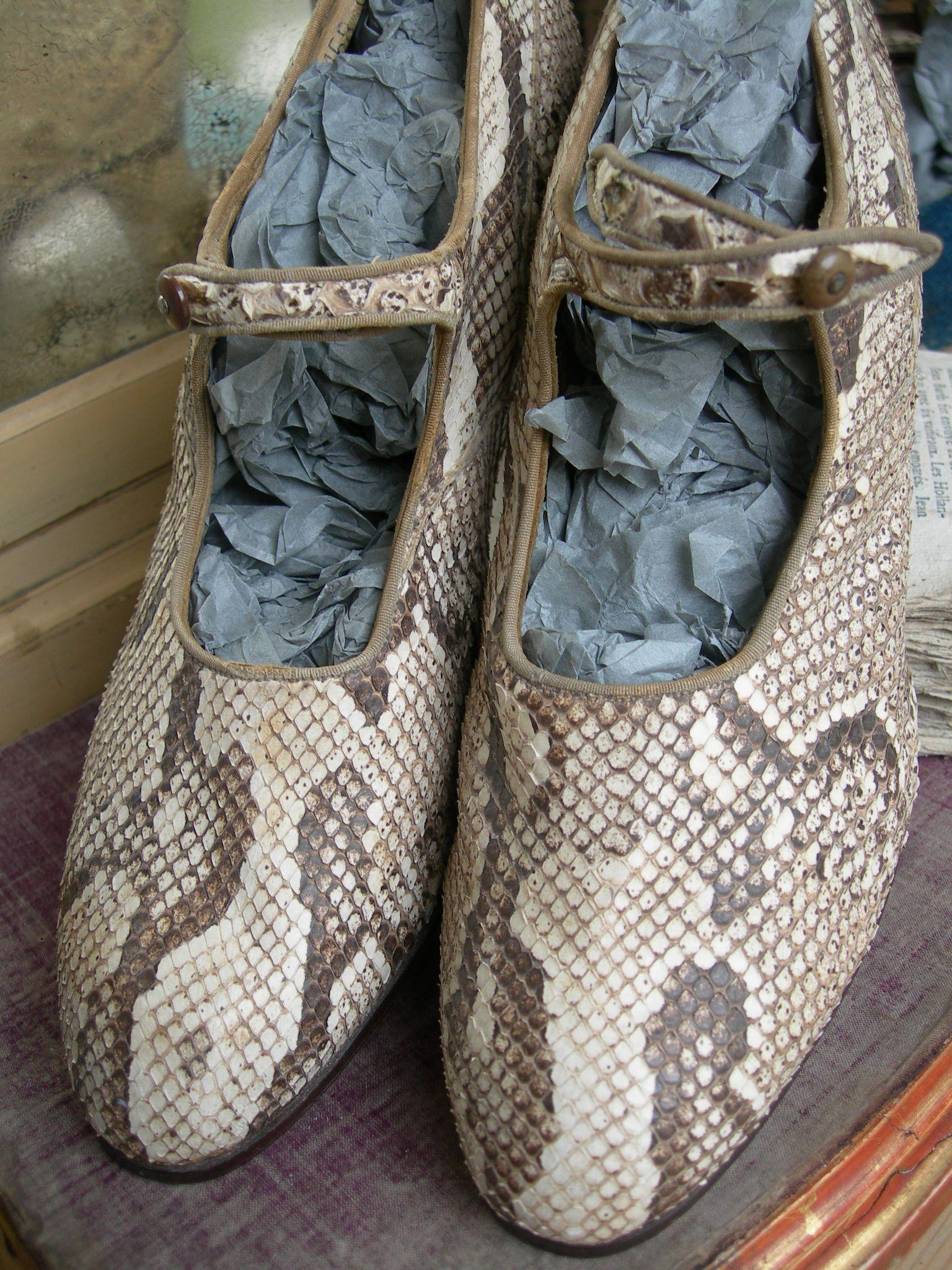 Pair delightful vintage English 1920s real snakeskin flapper dancing shoes
