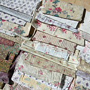 Bundle 60 antique French 19th century small-print fabric panels - quilts