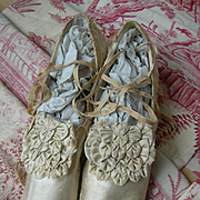 Divine pair antique early Victorian 1820s straight sole silk wedding shoes with amazing rosettes