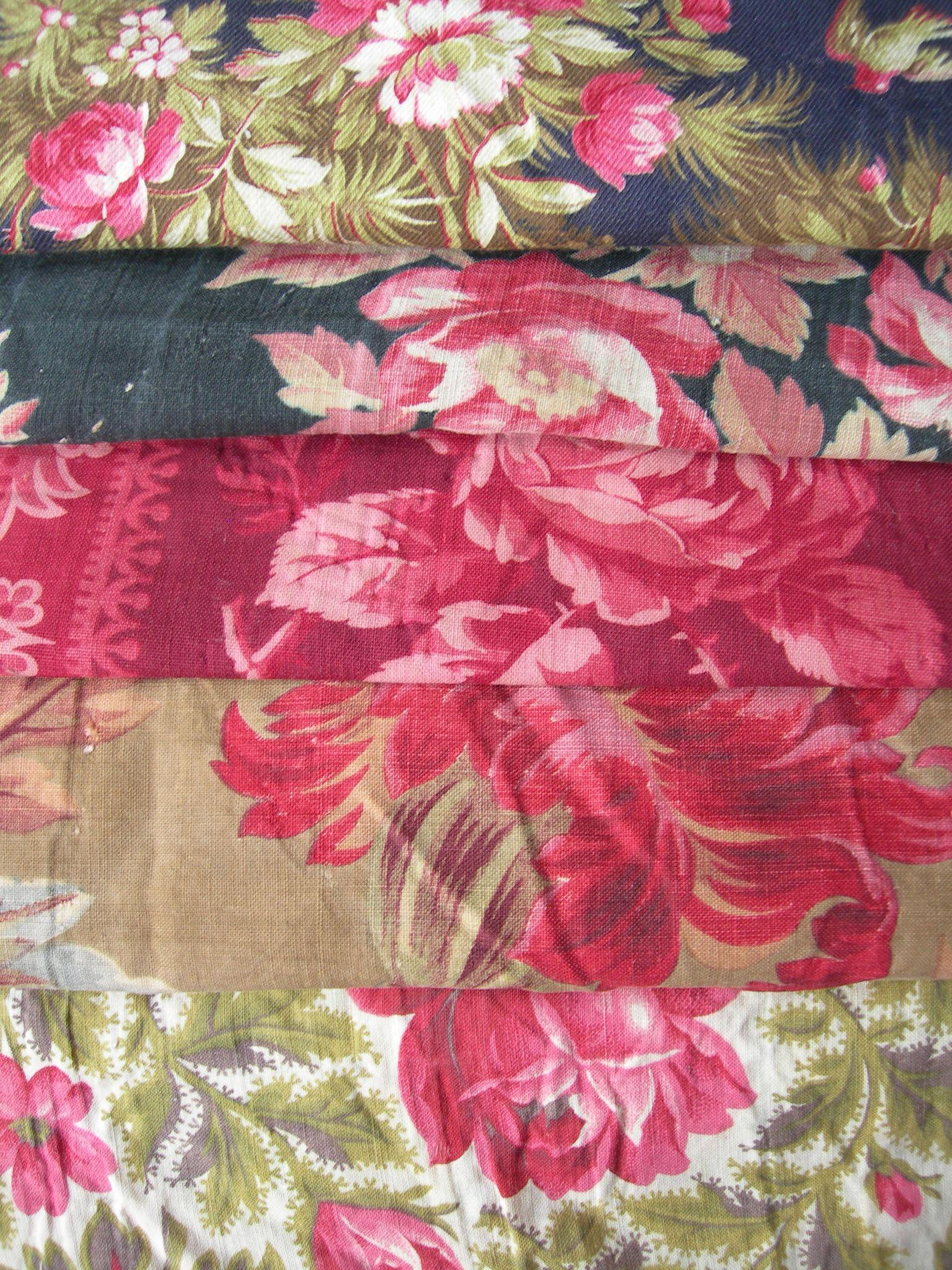 Collection 16 larger panels antique French 19th century cabbage roses prints fabric - quilts
