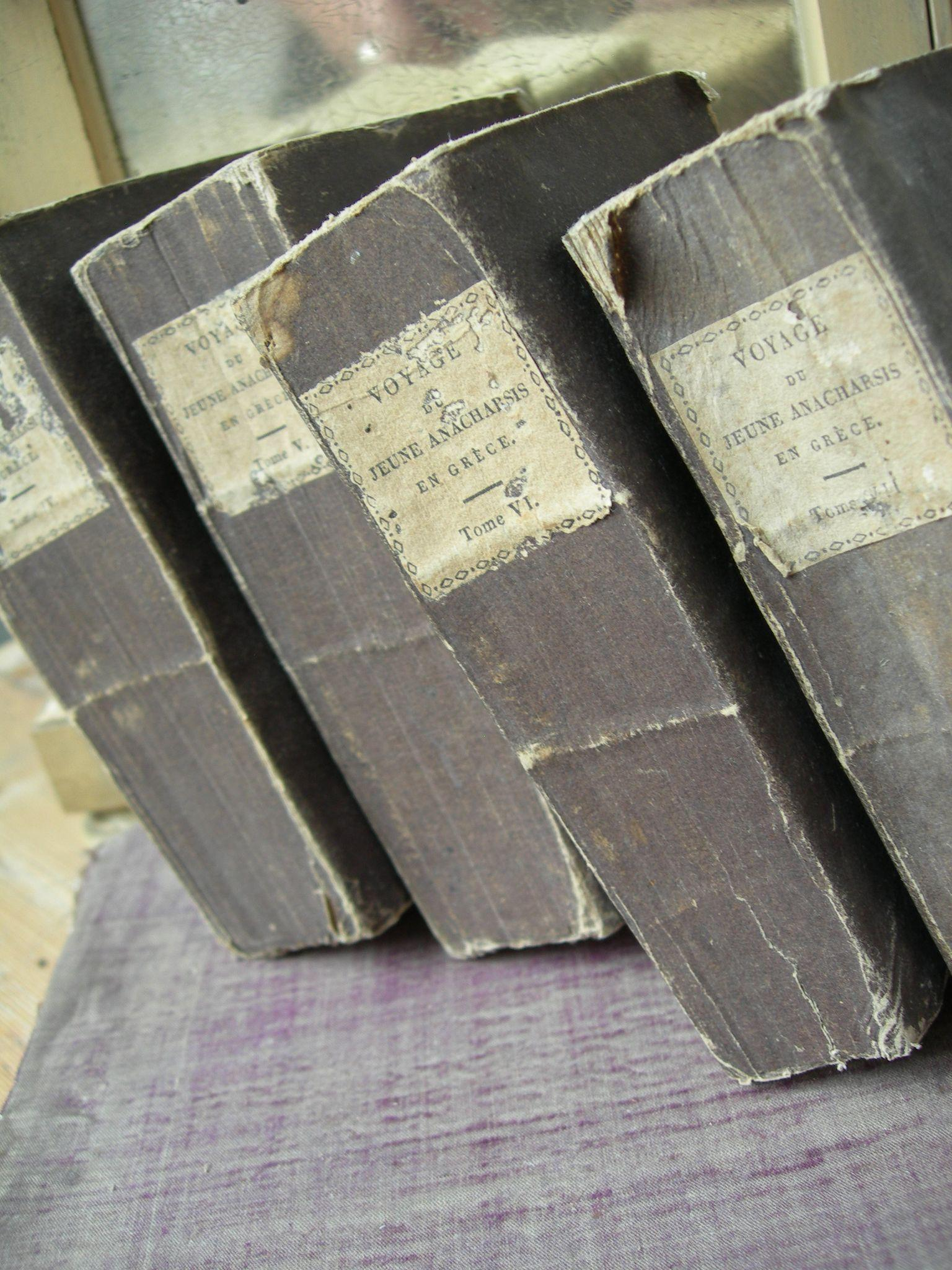 Set of 4 antique French 1824 ruffle-paged books livres brochees for decoration - Tomes IV - VII