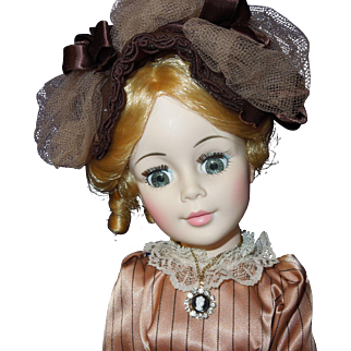 "Madame Alexander 21"" Manet Portrait doll with box"