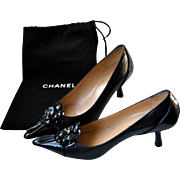 Chanel Camellia Black Pumps, Kitten heel, Leather, Pointed toe