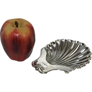 English Sterling Footed Shell Form Nut Dish Bowl