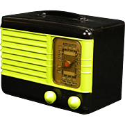 1940 Emerson AM Radio Model 301