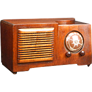 1946 Automatic AM Radio Model 613X