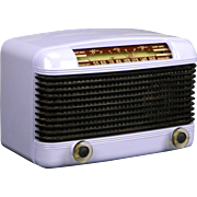 1946 Farnsworth AM & Shortwave Radio Model ET-061