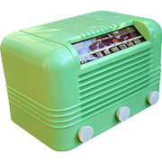 Pear Green 1946 RCA AM Radio Model 56X2