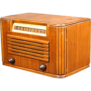 1946 Silvertone AM Radio Model 6051