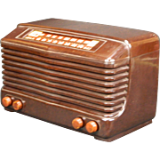 1947 Olympic AM & FM Bands Radio Model 7-532W