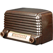 1948 General Electric AM Radio Model 107