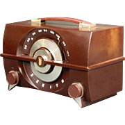 1952 Zenith AM Radio Model J615