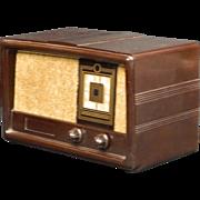 1955 Constellation AM Radio Model 1135