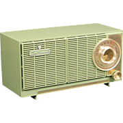 1959 General Electric AM Radio Model T142A