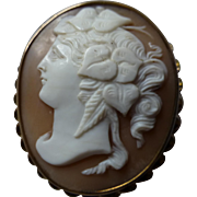 Large detailed Gold Cameo Brooch
