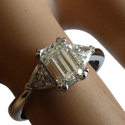 Fine Emerald cut Diamond & Trillion cut Diamond Ring