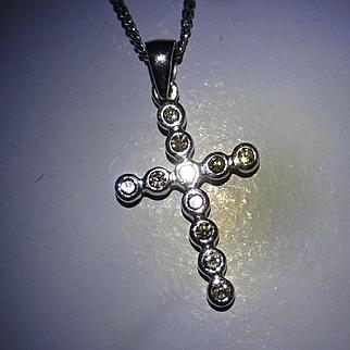 Diamond white GOLD Cross & Chain
