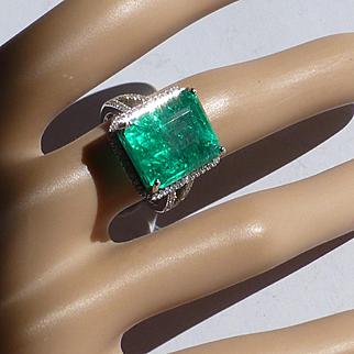 12.2 carat , Large Natural Emerald & Diamond Ring