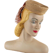 Vintage 1940s Hat Tan Straw Toy Tilt Donut Crown with Lacy Back Placement Band New York Creations