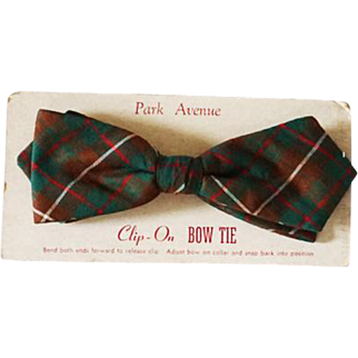 Vintage 1950s Bow Tie Bowtie Park Avenue Diamond Point Clasp On Snap On Green and Brown Plaid NWT Original Card