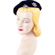 Vintage 1950s Blue Velvet Tam or Beret with Clear Rhinestone Hat Pin Sz 20