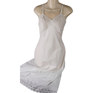 Vintage 1950s Slip White Cotton Eyelet Lace by Garcrest NOS SZ 32 B34 W30
