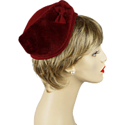 Vintage 1950s Hattie Carnegie Hat Ruby Red Faux Fur Cloche Sz 22 1/2