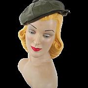 Vintage 1950s Hat Olive Green Leather Banded Beret Sz S 21 1/2
