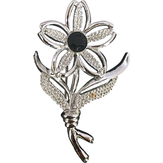 1960's-1970's Sarah Coventry Flower Brooch