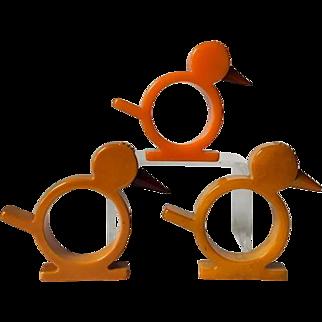 Set of 3 chicken or bird Bakelite napkin rings