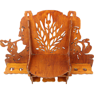 Beautiful Dutch hand carved wooden Art Nouveau pipe rack, Antique handmade folk art Jugendstil wooden wall plaque tobacco smoking pipe holder display from The Netherlands c. 1890