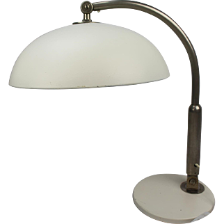 Herman Busquet (1914-1977) for Hala Zeist desk lamp 'nr. 144', Industrial retro vintage modernist 1930's Dutch Design table lamp, Bureau lighting from The Netherlands