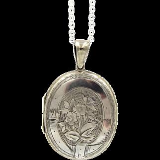 Large Victorian Locket Necklace