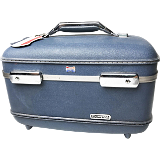 """Midcentury Vintage """"American Tourister"""" Train Case / Makeup Case With Original Organizing Tray and Keys"""