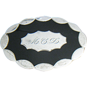 VOLUPTE compact in sterling silver with black enamel lid