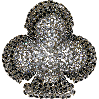 1930-50s Depose Clear and Gray Rhinestone Fur Pin  Designed by Roger Jean Pierre